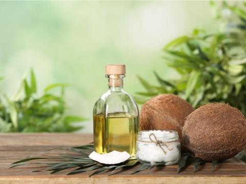 椰子油拿來喝預防失智症?營養師點出這個理由,恐怕更傷身