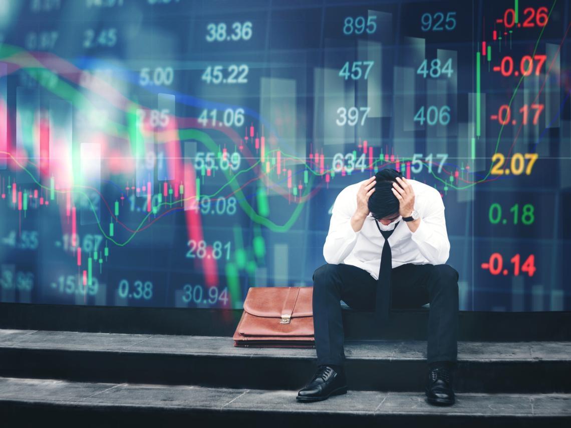 發生一百次股災,散戶還是學不會...最敢講真話的分析師道出「股民和基民的悲哀」,針針見血