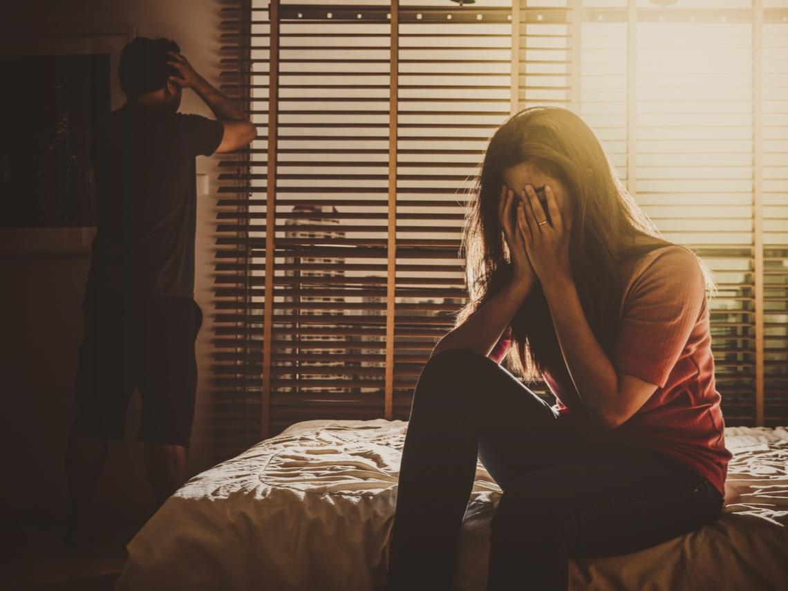 正宮是貌美女星,老公卻外遇平凡小三...臨床心理師解析:為什麼另一半會愛上條件遠不及你的人?
