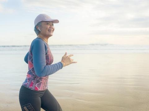乳癌,是發生率最高的女性癌症,中年後,只做乳房超音波可以嗎?外科女醫圖解說明