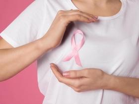 45歲以上乳癌好發,用這2種工具揪出病灶!早期發現5年存活率能逾9成