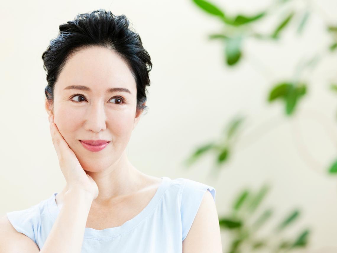50後,讓皮膚美麗的荷爾蒙!適量吃5食物,維持皮膚光澤、溼潤度,第二人生好青春