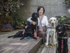 余湘專訪/熱愛毛小孩、結緣守護導盲犬 第二人生「利他」擺第一,目標做到90歲