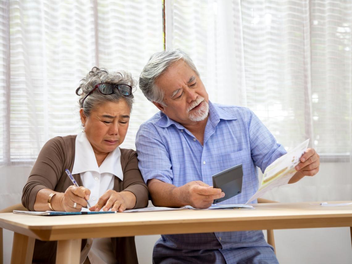 「沒有富爸媽,在台北多少錢才能退休?」15年前年薪就破百萬,50歲白領圈這樣看安心養老