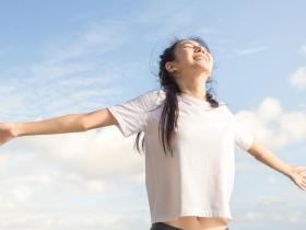 掌握情緒的力量,愛自己,並心想事成!這樣做擺脫焦慮負面情緒,重拾幸福感