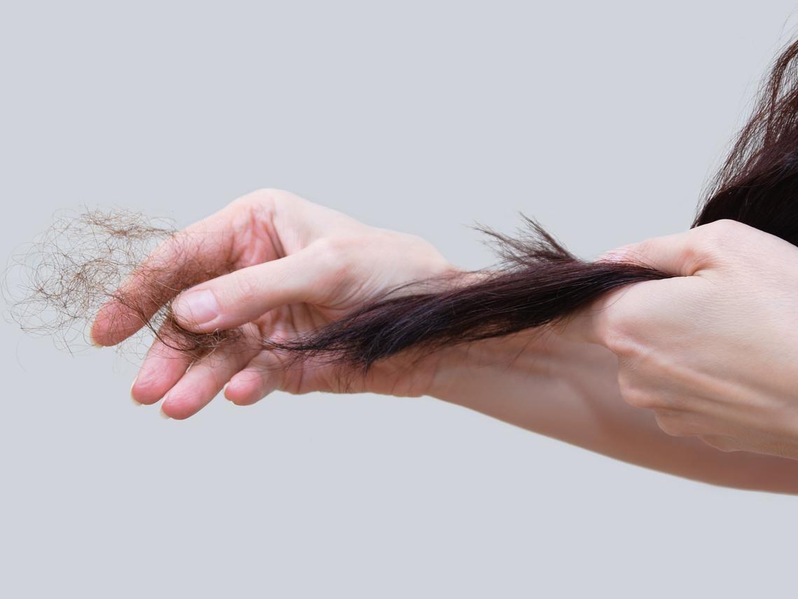 變胖、怕冷又掉頭髮,可能是甲狀腺低下?醫師:恐引多種慢性病,10症狀自我檢視