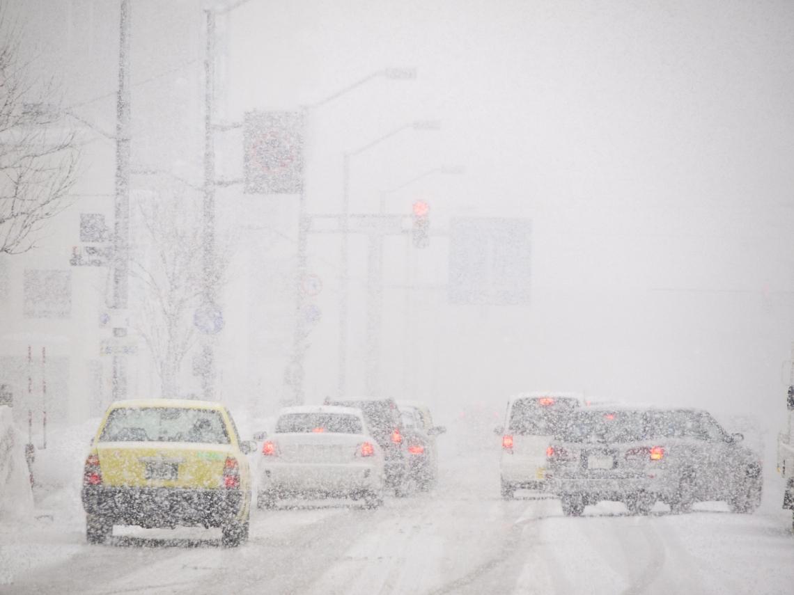 下大雪千萬別開! 日專家警告:電動車有「1致命缺點」超危險