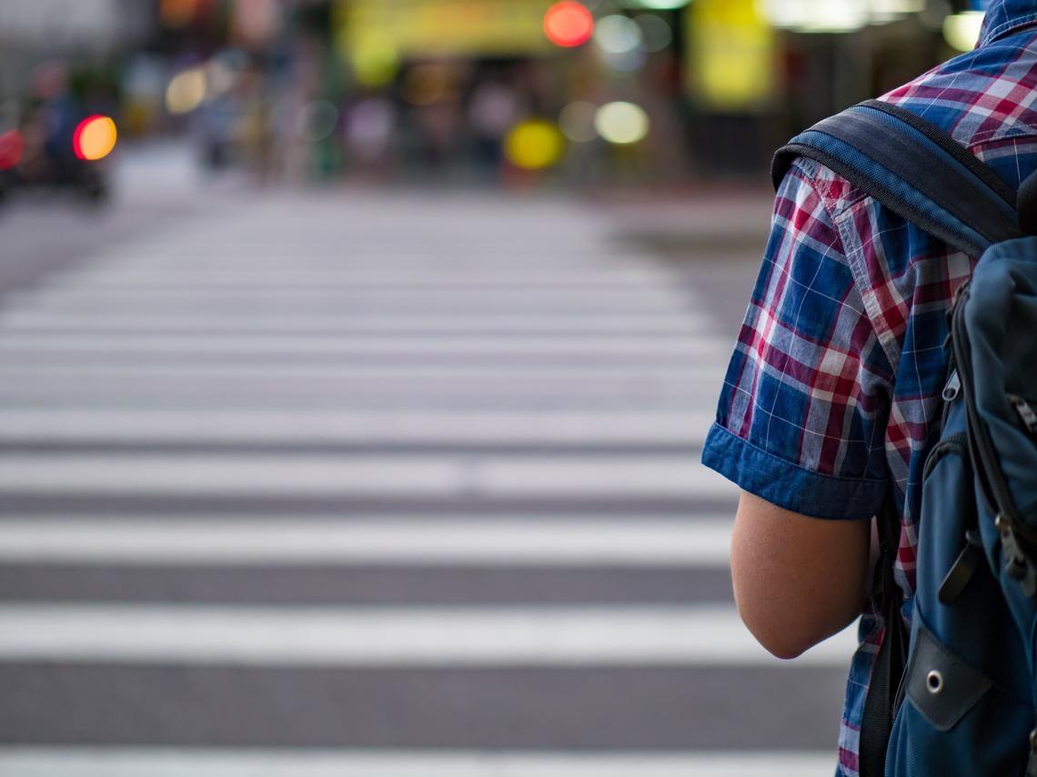 如果巴菲特的樂透是「生在美國」,6年級生的樂透就是「遇上SARS」!一個台灣27歲房東的故事