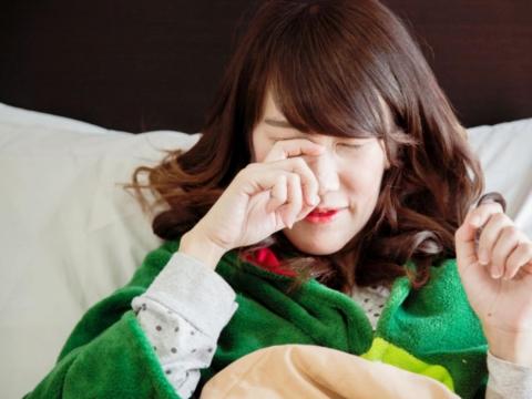 50後「皮蛇」易上身!疼痛難眠、水泡在眼睛旁恐致失明!醫:預防發作靠這2關鍵