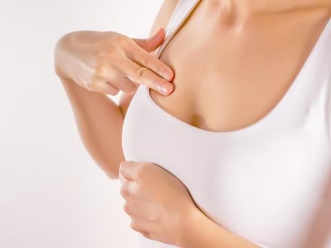 預防乳房硬塊、舒緩脹痛感,快學懶人保養法!白雁:中年後更要做、簡單又快見效