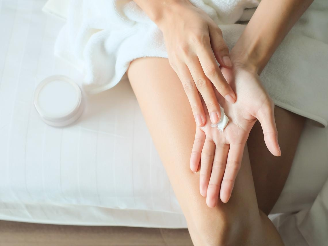 中年後不只顧臉蛋,雙手更要注意!醫:5種老化現象這樣做、輕鬆「減齡」