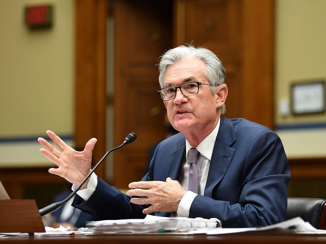 台股衝上萬六因受惠Fed「大印鈔票」 水龍頭何時關掉? 投資人該做好這三項功課