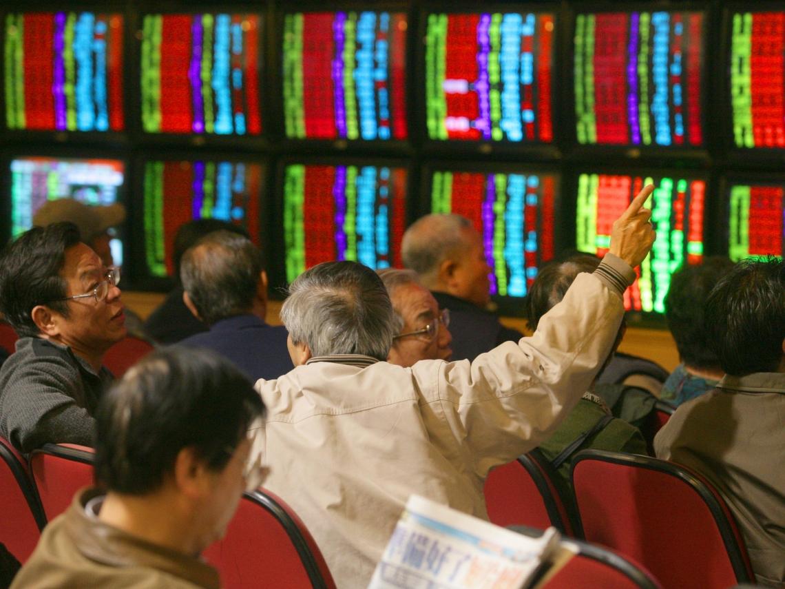 全球股市暴跌後又暴漲 會影響台股年後表現?投資人得留意這3個關鍵