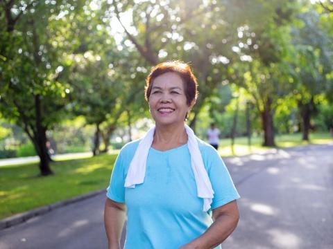 50歲以上肌肉減少,可能引發心臟病!做對1件事對心臟更有益,未來罹患機率少96%