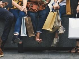 憂鬱焦慮、負面情緒來襲,就想爆買囤積?11問題自我檢測,當心是「強迫性購物症」