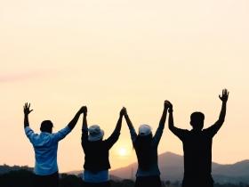 50後,是人生的黃金時代!和好友相聚一起做2件事,是預防失智症最快樂的方法