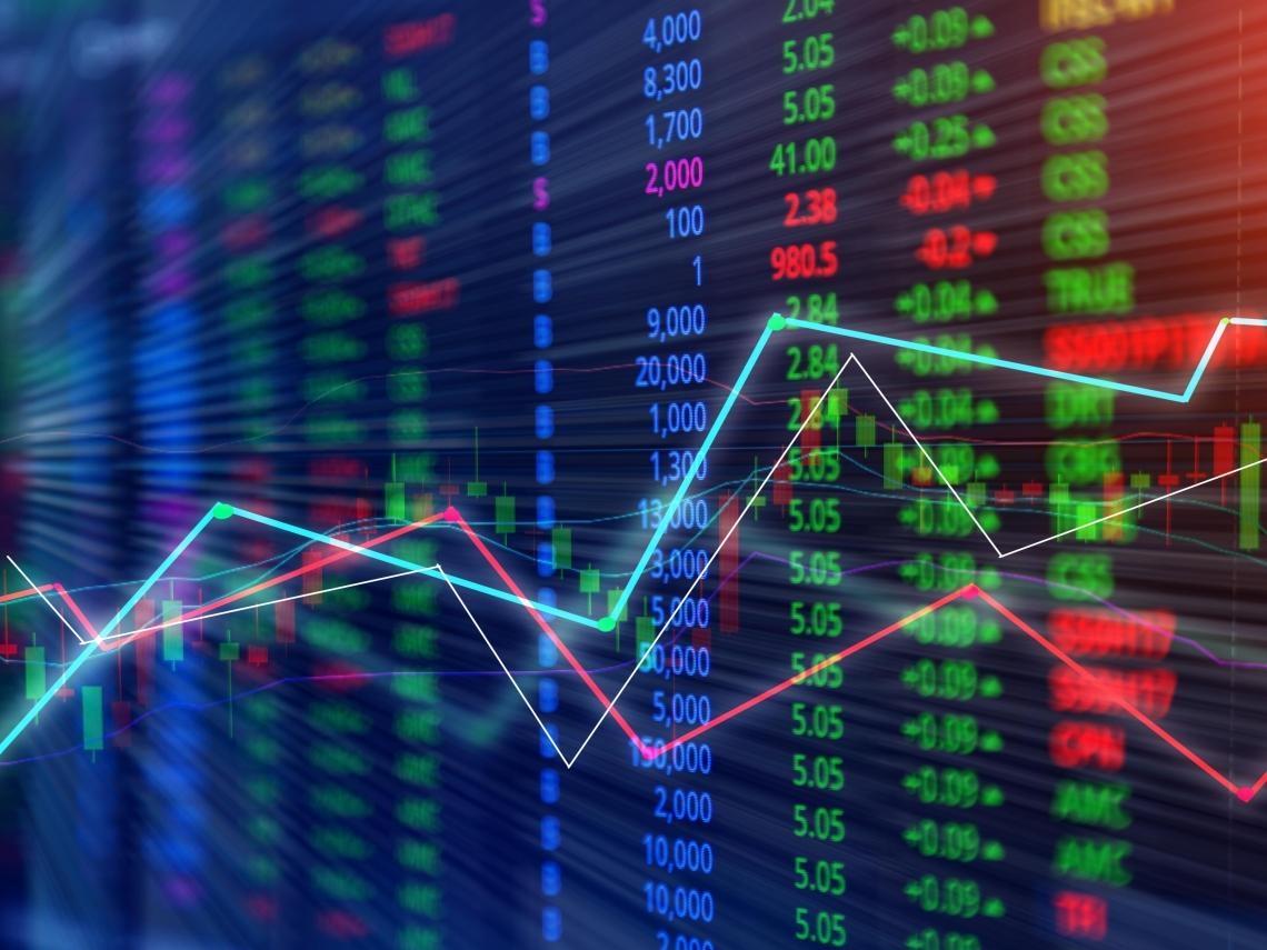 從狂瀉12%到「漲」出泡沫…一年前投資人被疫情嚇跑 現在他們擔心「這兩件事」讓股市跌10%