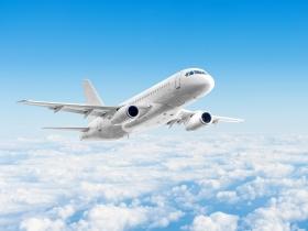 廚餘做成飛航燃料!再生能源最新研究:環保燃料幫航空業減碳165%
