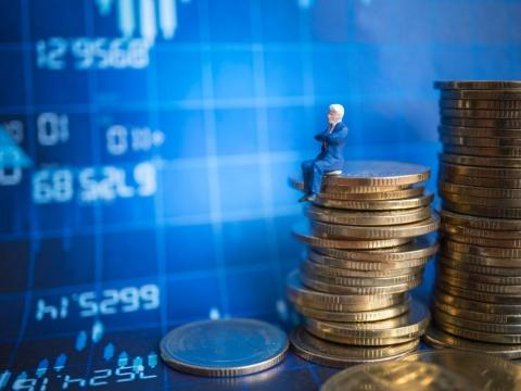 閒錢不能放7年,就別投股市!給準退休族的忠告:5年內要用錢,現在就該找時機脫手