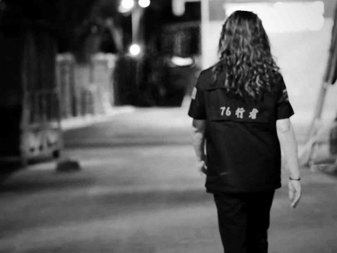 修復逾30具遺體… 76行者遭譏「不是不收錢?」 「國民姑姑」王薇君灰心落淚:盼酸民有同理心