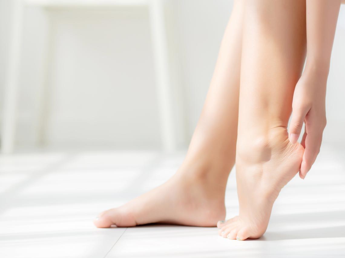 整隻腳都很痛,竟是動脈阻塞,下肢恐缺氧壞死!醫師:出現3種症狀要盡快就醫
