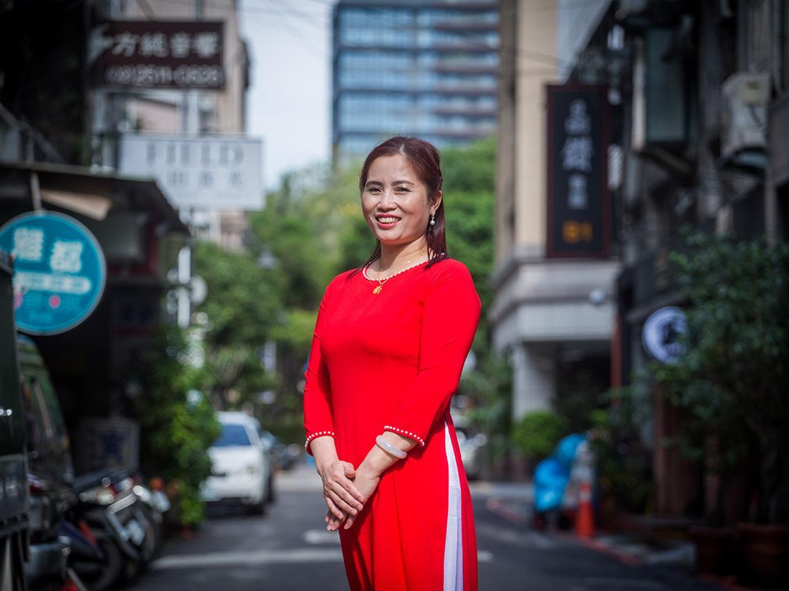 7年前來台灣,每天哭著想家…如今她獲選模範移工 盼「這兩件事」能改善勞動條件