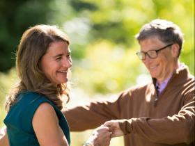 比爾蓋茲夫妻離婚》梅琳達:比爾推崇平等,表現溫柔的內心,是我最喜愛的特質之一