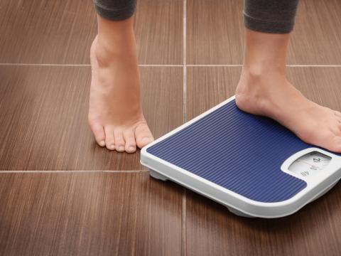 愈喝愈胖?健身教練曝3種健康「地雷」飲料,連牛奶都上榜!關鍵原來是這個