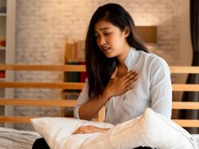 新冠猝死暴增,輕症也危險!重症醫揭「死神伎倆」:注意2種快樂缺氧/隱形缺氧前兆