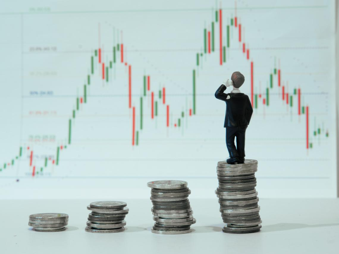 當資金退潮後,股價也會「校正回歸」!林奇芬教你3原則安穩持股:現在想買ETF最好挑這一種