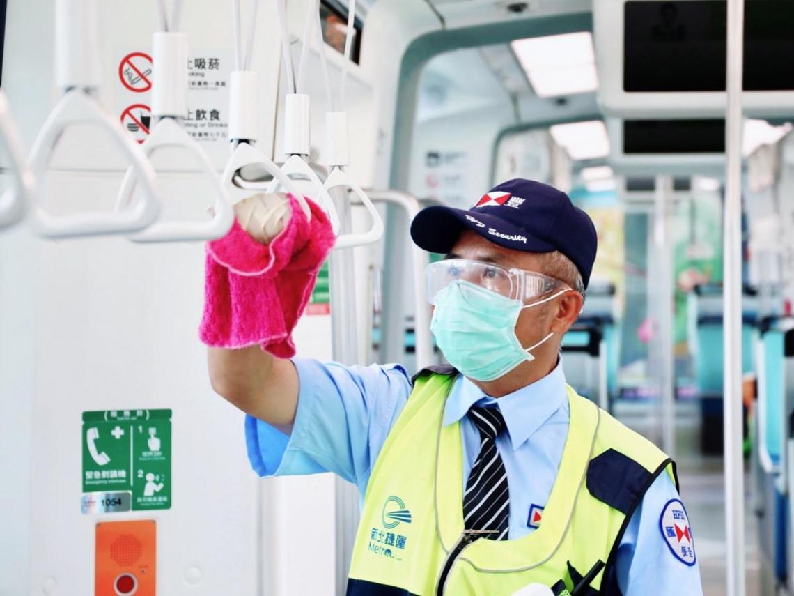 淡海輕軌班距調整延長至6月14日   訓練檢修不鬆懈   執勤前線推七字防疫訣