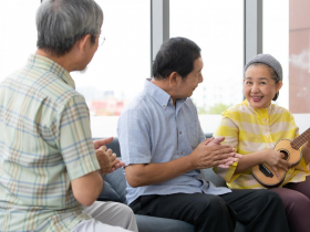林靜芸/年輕想發財,老來想長壽!這3個平凡動作能做到,活得久一點機率大很多