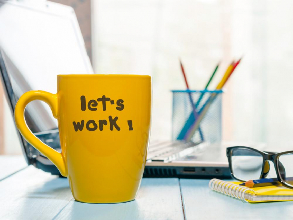 勞工遭酸居家辦公都在休息 勞動部:應協調工時與休時