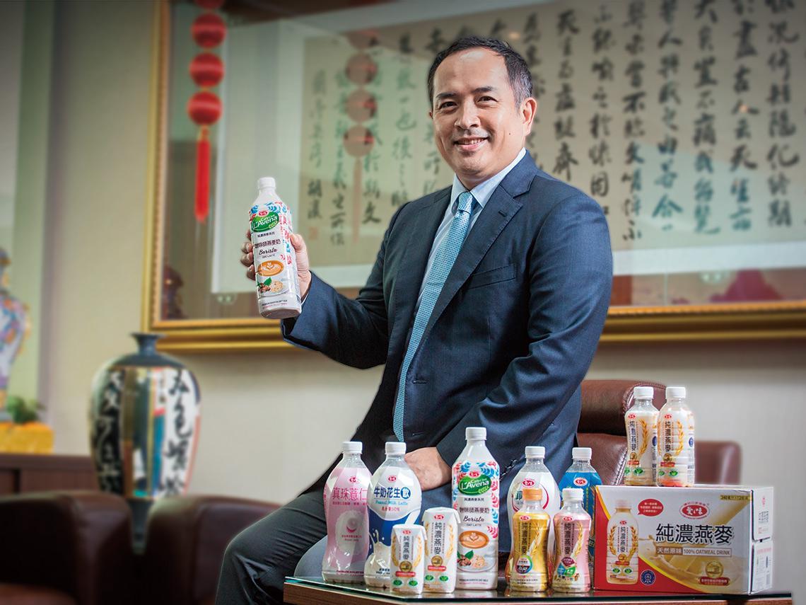50年老牌、嘉義小廠都想攻 千億燕麥奶卡位戰