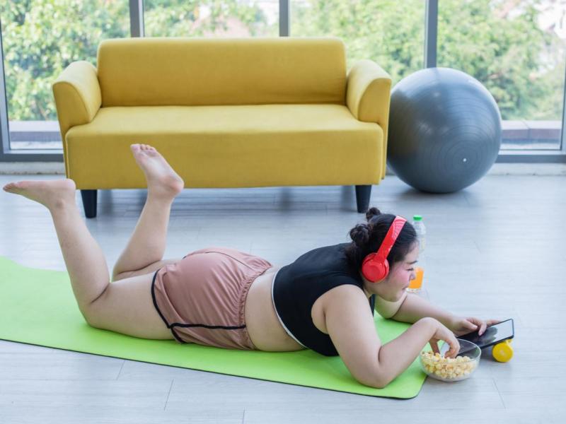 泡麵、罐頭、零食...防疫在家害你越來越肥?醫師教你科學減脂:一個月減3.5公斤也不降基代
