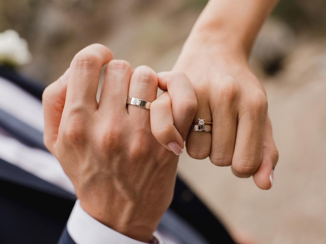 20歲需要的伴侶絕對和40歲不一樣!婚姻專家:她的離開,不是因為你不好,而是因為你沒長大