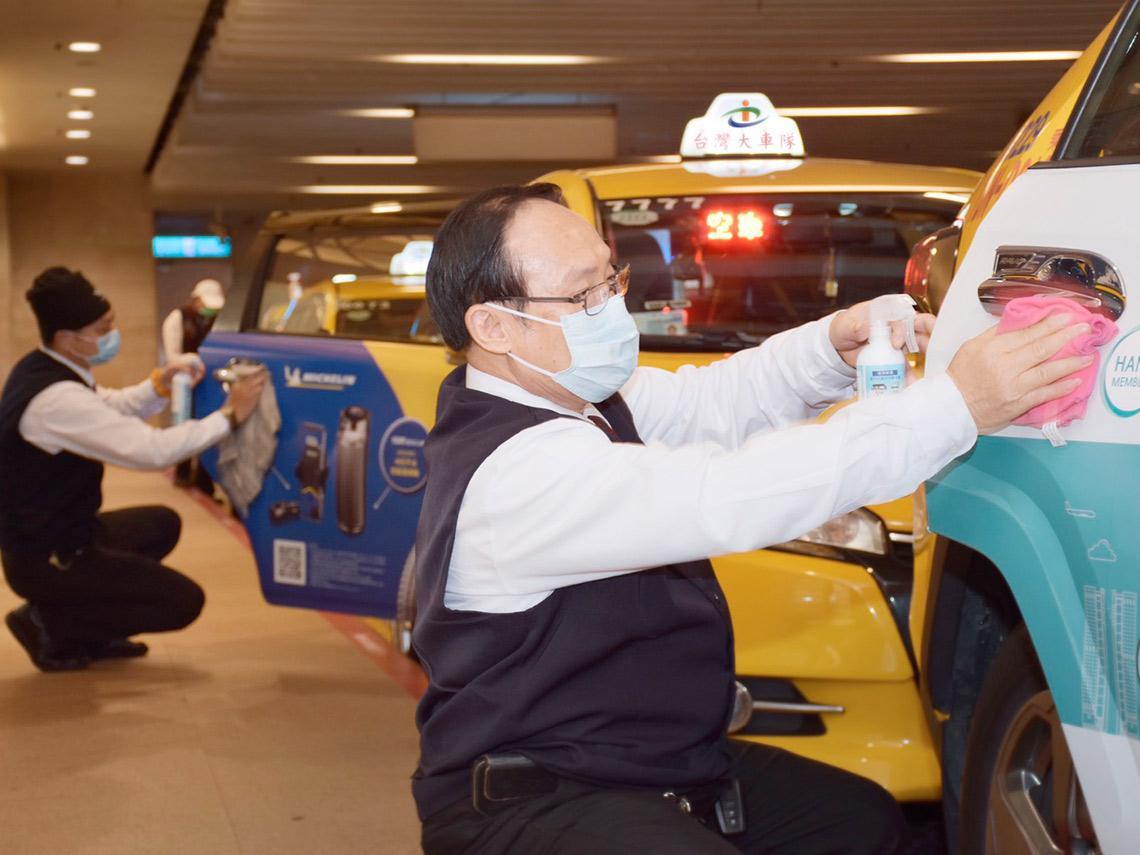 「加一次油800元,跑一天連油錢都賺不回來」運量暴跌8成,台灣大車隊如何帶2萬名司機逆勢求生