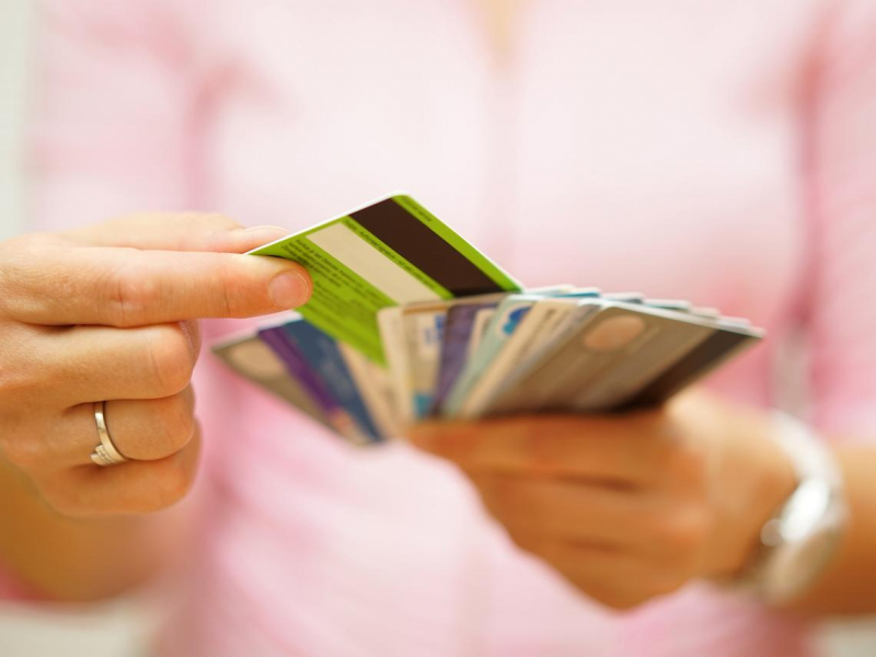 2021年最新!水電瓦斯費、電話費...怎麼繳最划算?信用卡繳費優惠全攻略:多領10%回饋