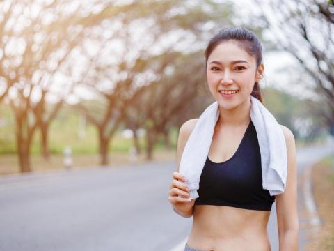沒有劇烈運動,我也輕鬆減27KG!生理週期運動法:不用努力鍛鍊也能快樂瘦身