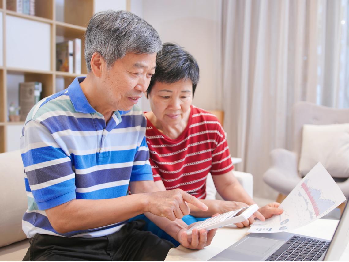 年輕時拼命存「高殖利率股」,退休就能爽領股息過日子?搞錯1個理財順序,小心晚年也只能賣房求生