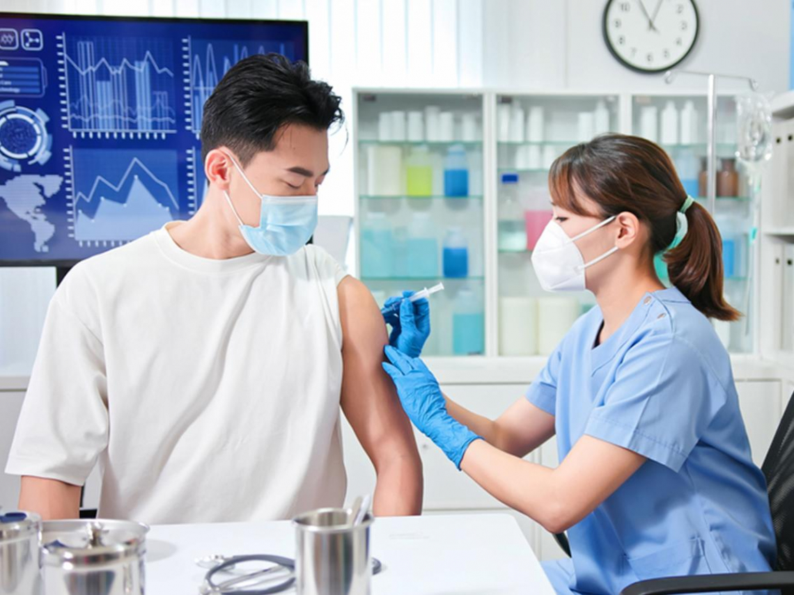 圖解》第二波疫苗開放登記!簡單「4步驟」搞定 全台第9、10類對象最快16日起接種