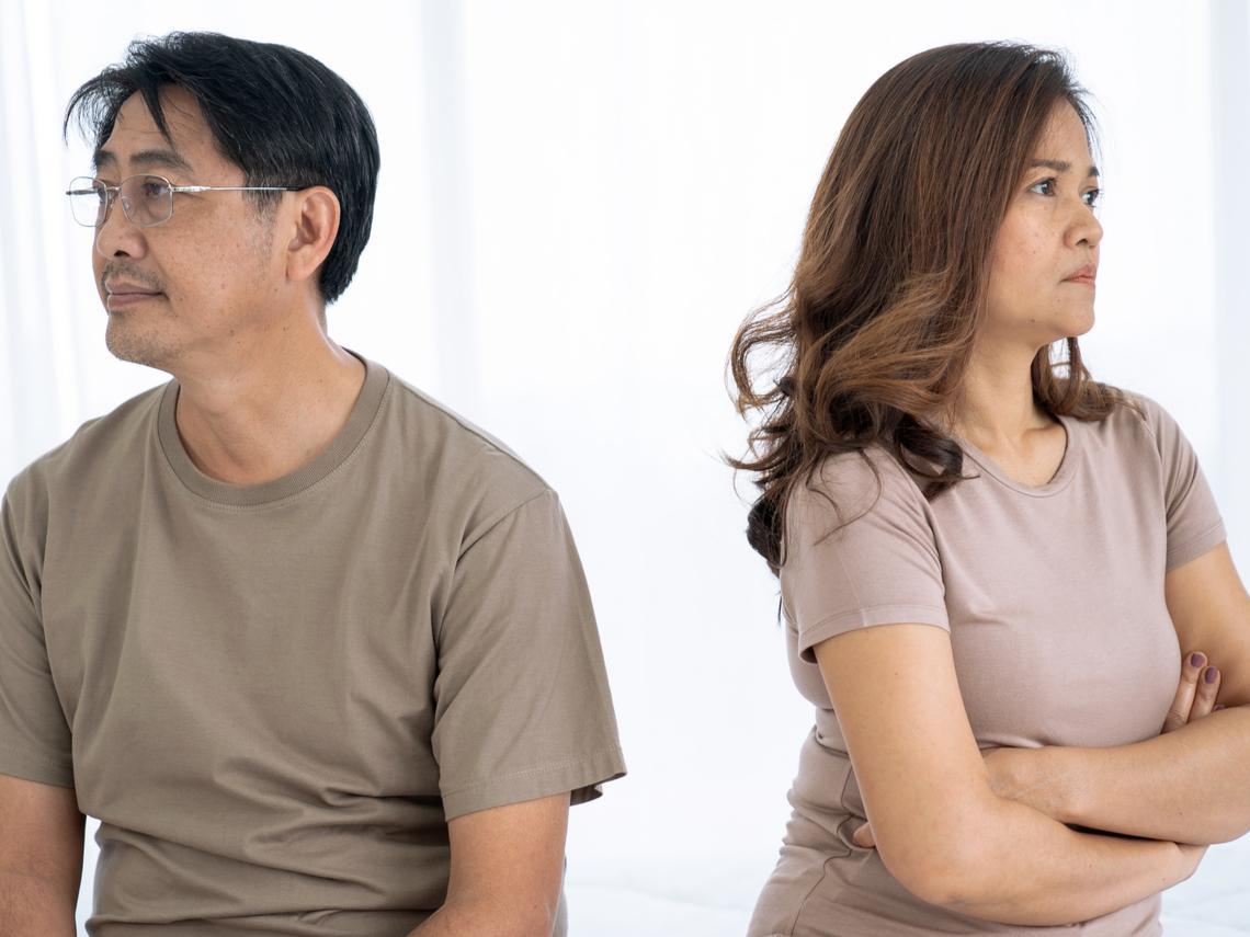 明明就是老公外遇,離婚後她卻得奉上一半財產...律師給熟齡離婚的2個忠告:不要贏了面子輸了裡子