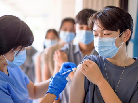 新冠疫苗殘劑預約、免排18小時!雙北14醫院「殘劑線上登記平台」預約規則、名額一次看
