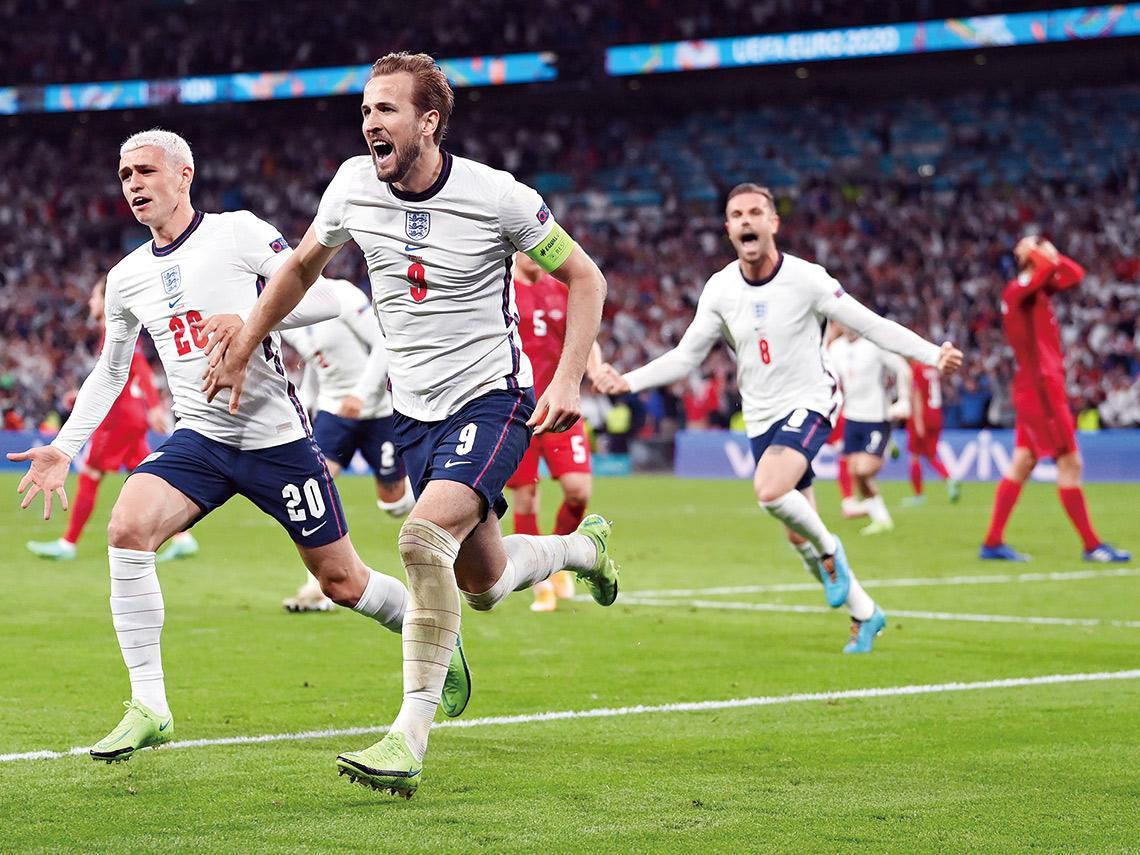 防疫「還權於民」 歐洲盃足球決賽湧六萬人觀戰 地表最大群聚 英首相強生的政治豪賭