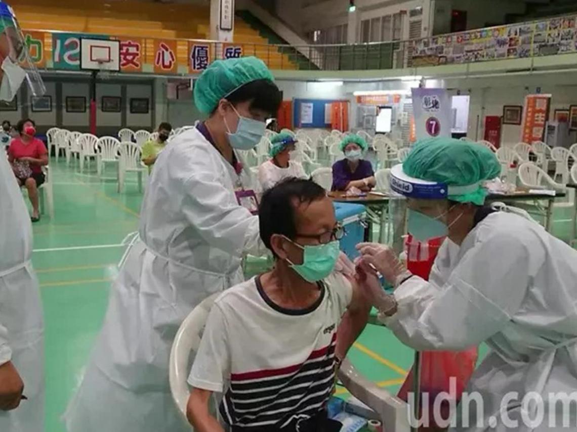2種飲料不利接種結果 醫師:注射新冠疫苗不建議喝