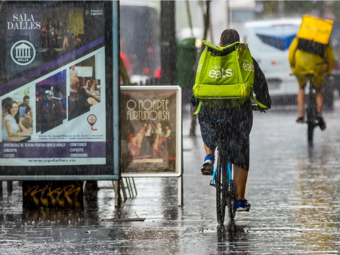 颱風期間進行餐飲外送服務可能違反職安法