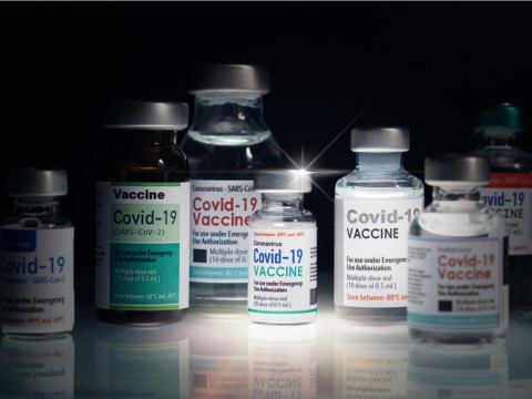 新冠疫苗開放混打,AZ莫德納BNT哪種組合保護力最強?醫揭這樣打,中和抗體濃度更高