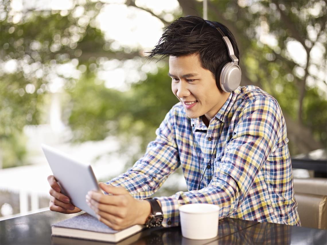 聽力障礙提早報到  元凶是耳機!