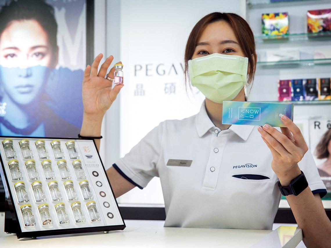 醫材尖兵 切入「龍頭不想做、小公司進不來」的市場缺口 隱形眼鏡出口一路衝 「生技股王」大本營誰接棒?