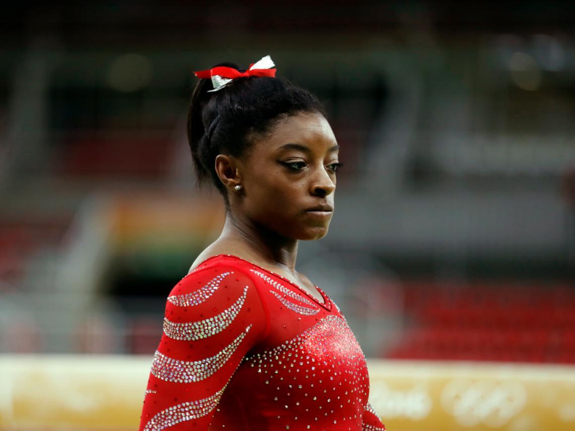 「全世界的重量都壓在我的肩膀上」體操天后拜爾絲退賽背後:那些憂鬱的奧運金牌得主
